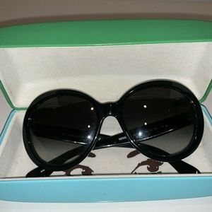 kate spade Accessories - Beautiful black Kate Spade shades. Style Nerissa